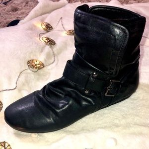 Black short boots with silver buckle